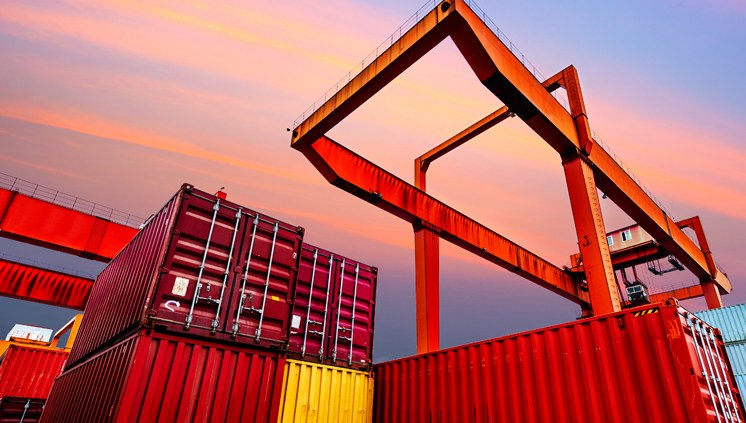 Balança comercial tem superávit de US$ 345 milhões