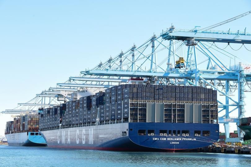 Superávit da balança comercial chega a US$ 3,805 bilhões até a terceira semana de fevereiro