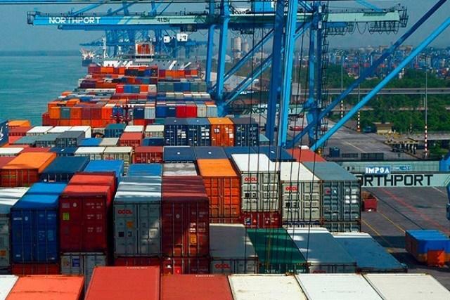 Em quatro semanas do mês de março, balança comercial acumula superávit de US$ 4,254 bilhões