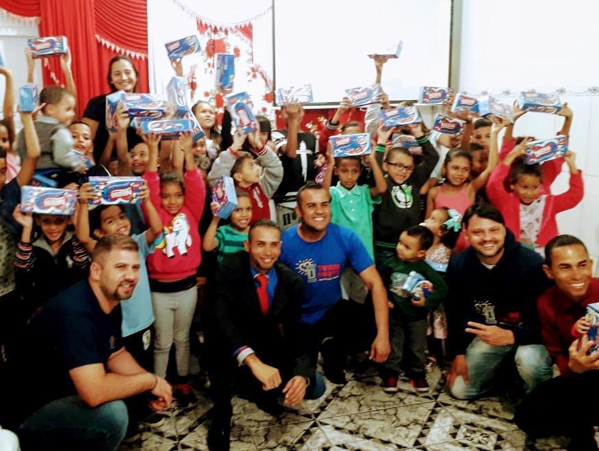 ONG Torre Forte Participa de Culto com as Crianças no Bairro Vila Suíça em Santo André