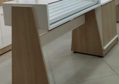 ACRI 010 – Balcão de atendimento Triangular