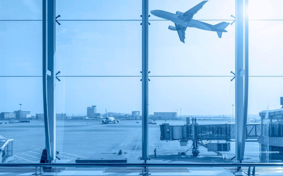 Consumidor será ressarcido por multa abusiva no cancelamento de passagens aéreas