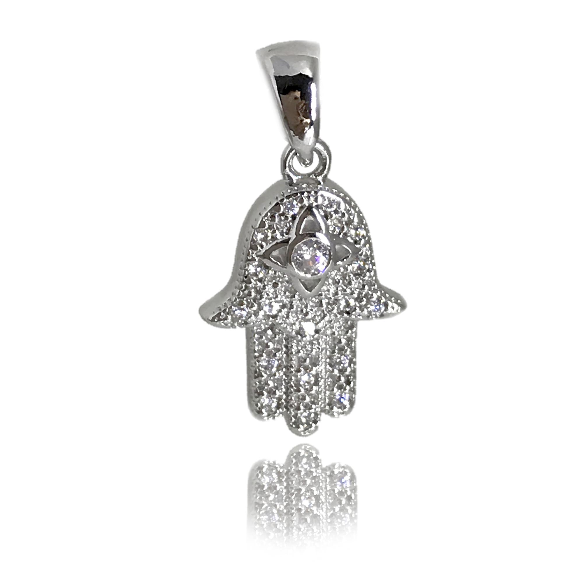 Pingente pequeno de hamsá (mão de Fátima) cravejado com mini cristais folheado no ródio branco