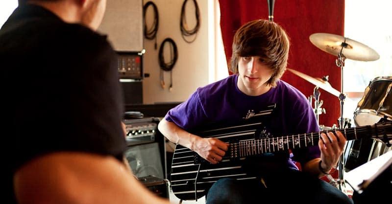 Finding a guitar teacher