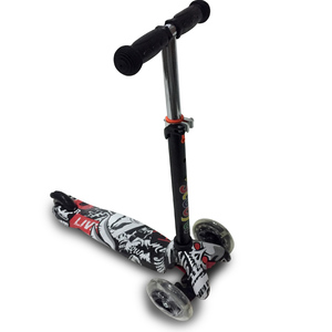 Monopatin Scooter Altura Regulable Luces en las Ruedas