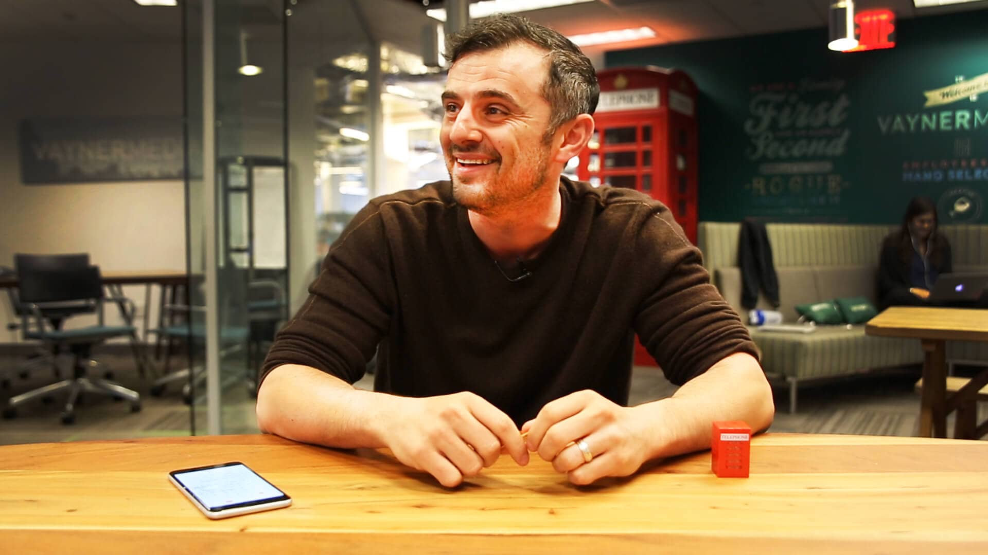 #AskGaryVee Episode 106