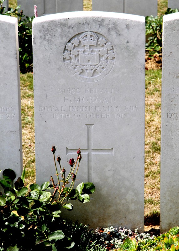War grave Frank Morgan photo.jpg