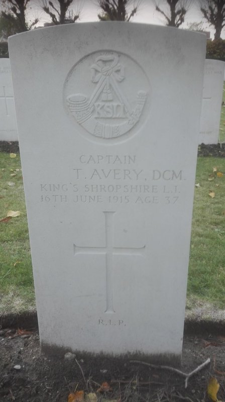 From Martin Skelly at CWGC 6.12.18 with DCM added.jpg