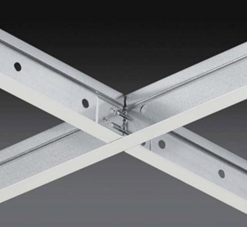 2 ft x 1 1/2 in Chicago Metallic 4000 Tempra 9/16 in Cross Tee / White - 4022.01CZ