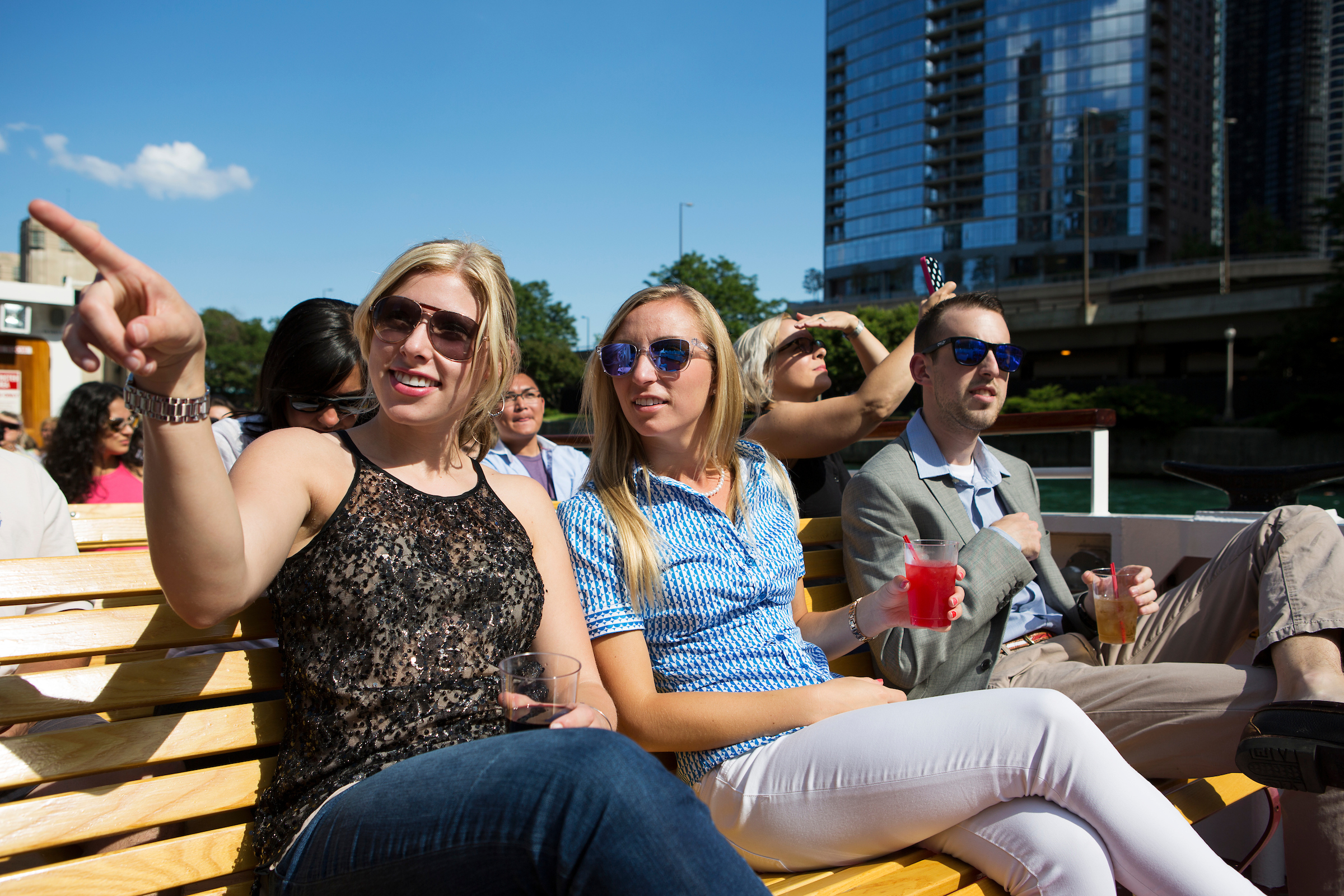 Shoreline Sightseeing save $5 on an Architecture River Tour