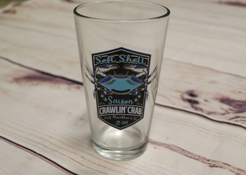 2019 Crawlin' Crab Pint Glass