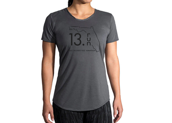 Brooks Women's Distance Short Sleeve Shirt- 13.RUN