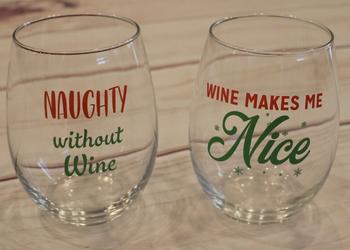 Naughty or Nice Wine Glass