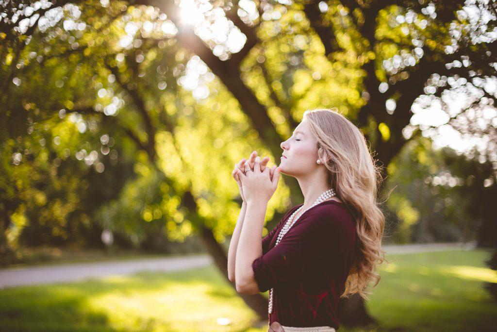Hallow App: Holistic Health and Christian Meditation