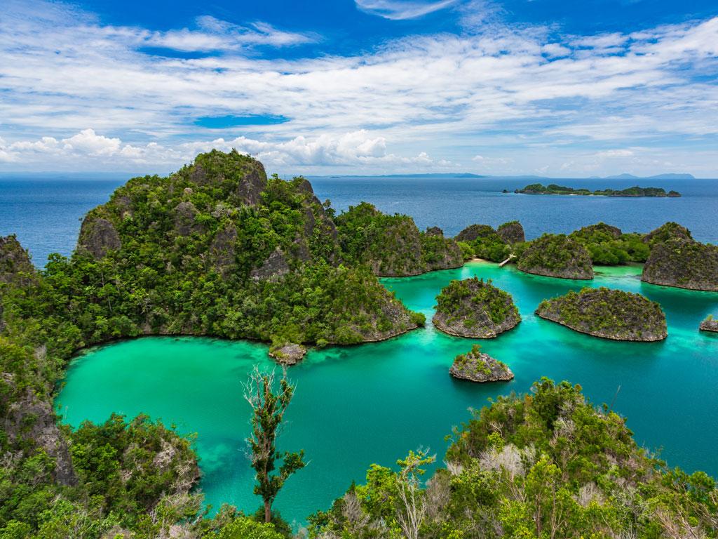 Over 17,000 islands