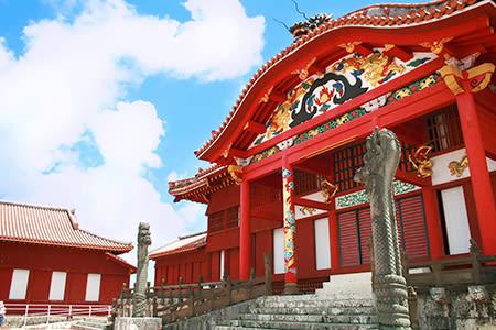 沖繩南部經典一日遊玉泉洞首里城花壽司體驗