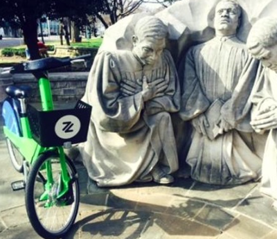 Zyp Bike and Monument
