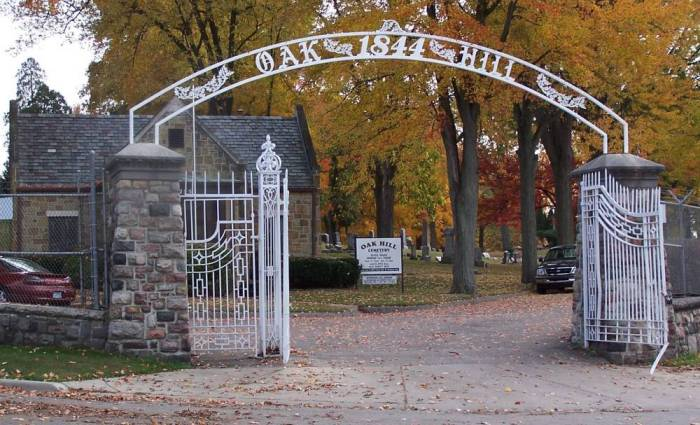 Oak Hill Cemetery Gate