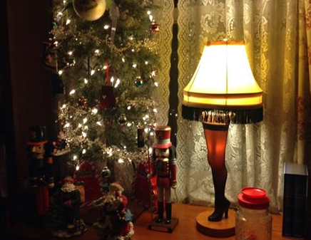 Lakewood Estates Leg Lamp