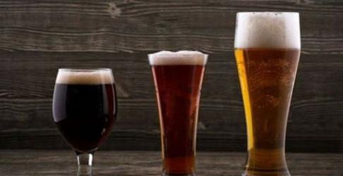 Beer Glasses Full