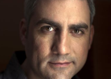 Taylor Hicks Sings Elton John