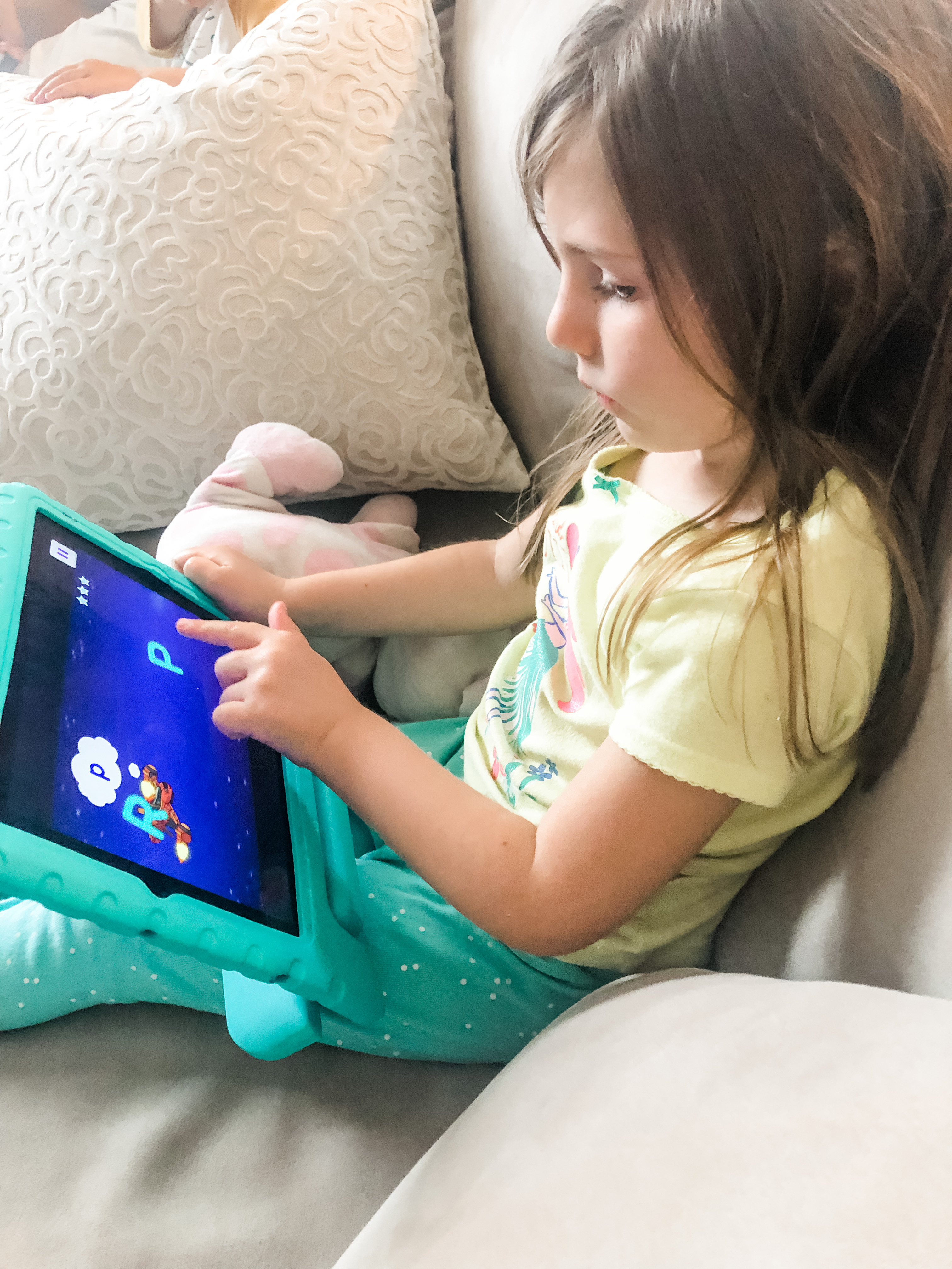 The Noggin learning app is perfect as a fun game while learning new concepts and practicing skills in preparation for pre-k and kindergarten!