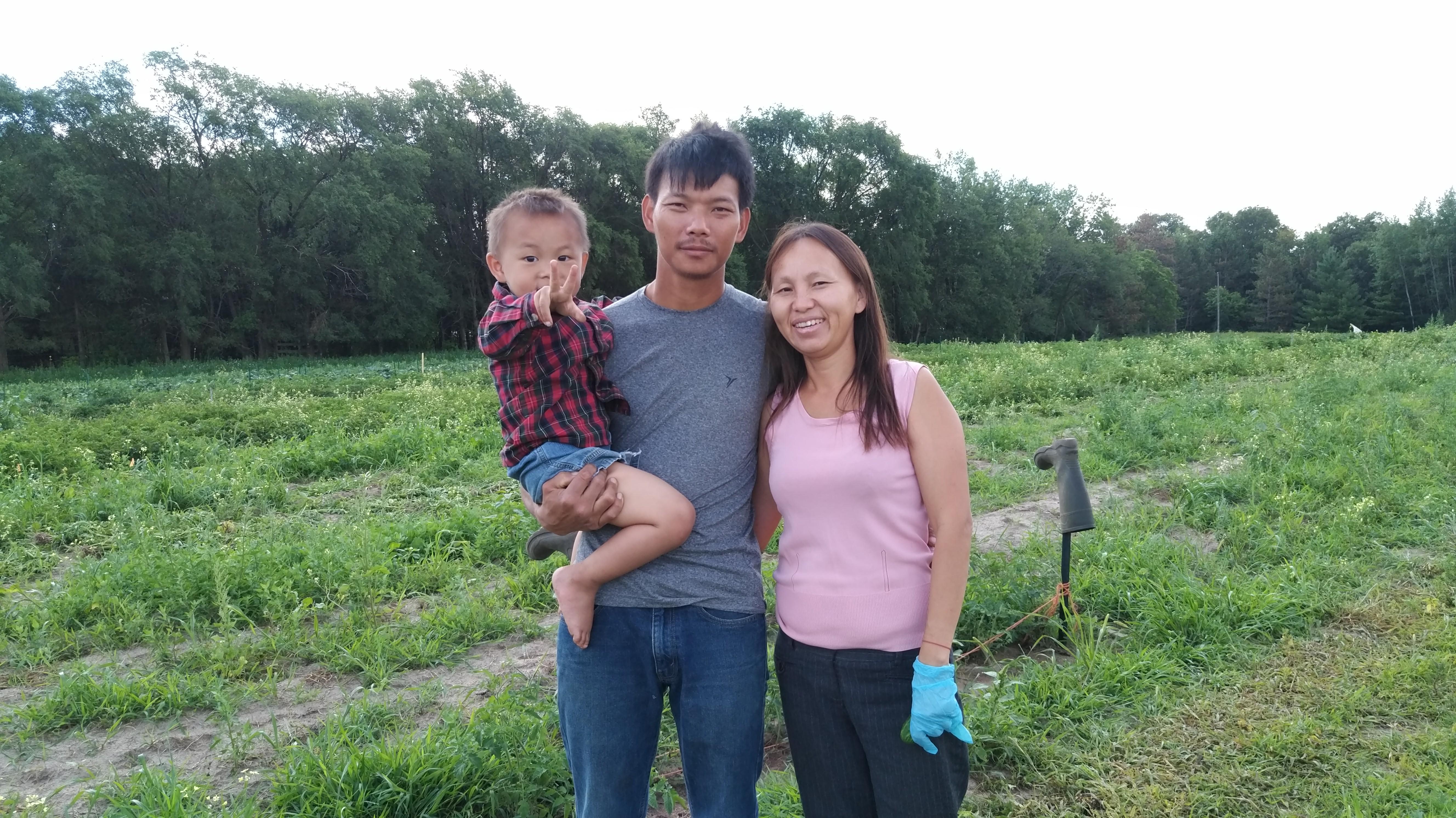 Meet Farmers Choua & Xou