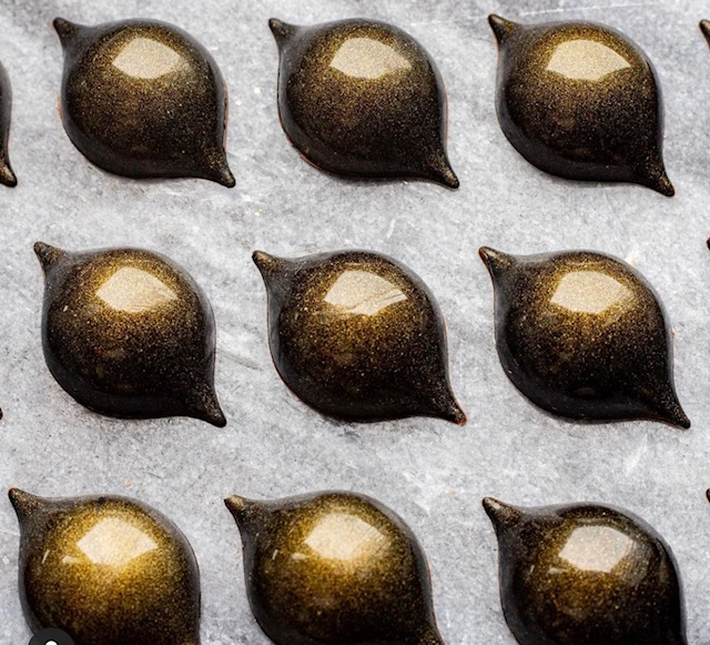 9 piece Chocolate