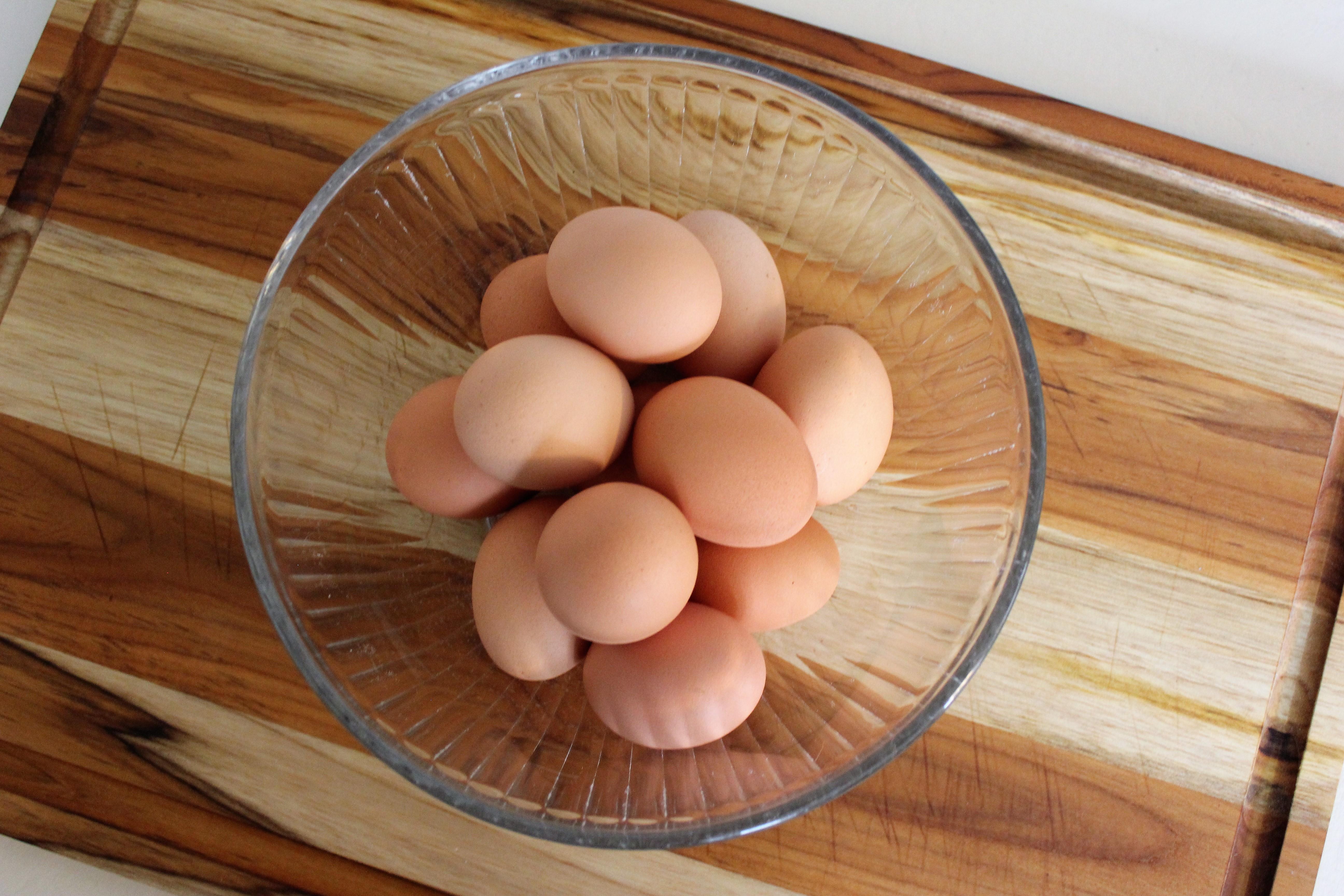 Single Dozen Fall Egg Share
