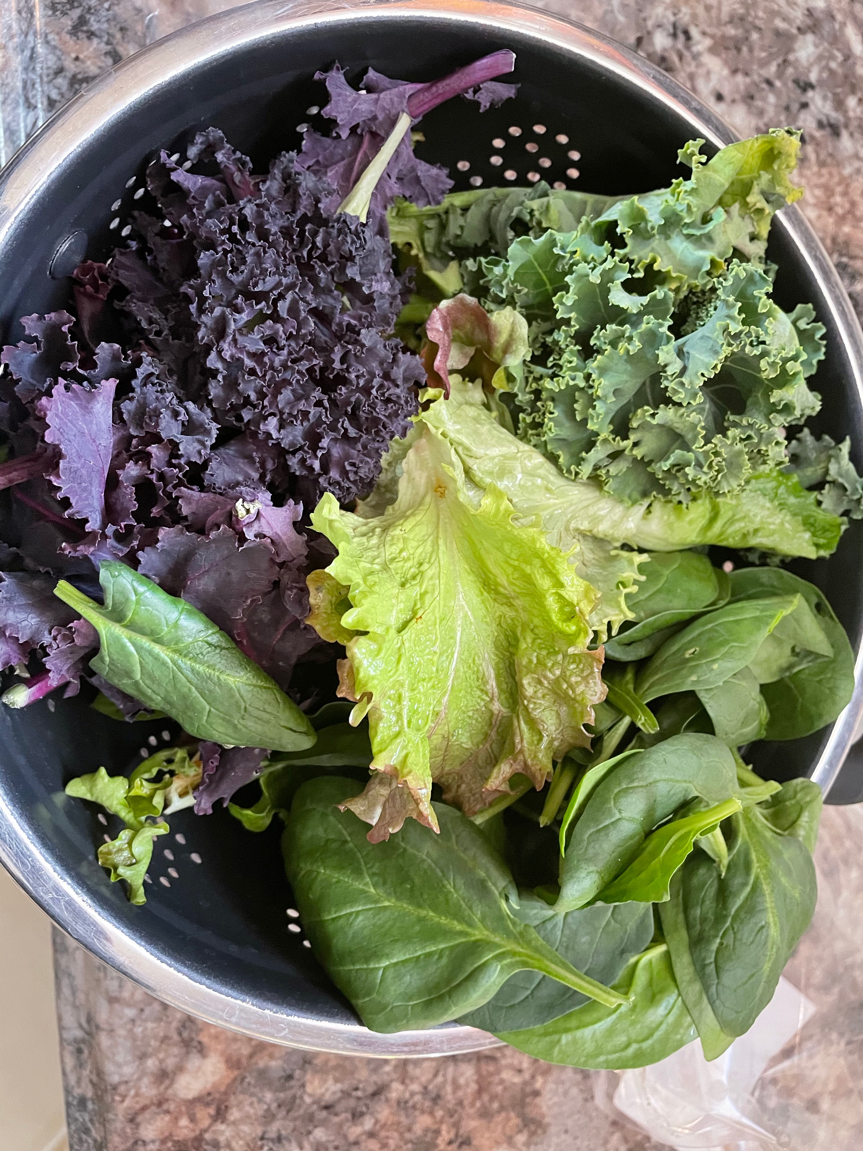 One Size, Spring Greens Share