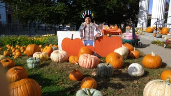 Waltham Pumpkin Patch at First Parish