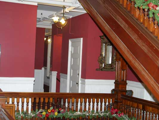Find haunted hotels in san francisco california queen for San francisco haunted hotel