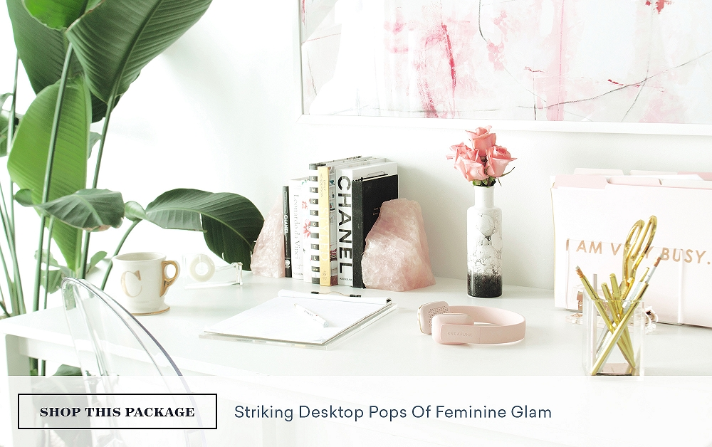 Striking Desktop Pops of Feminine Glam