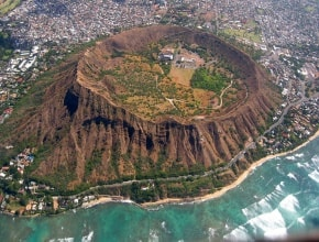 DIAMOND HEAD HIKING
