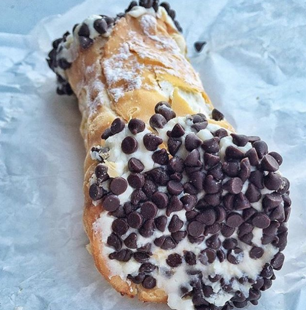cannoli from carlos bakery hoboken valentine's day