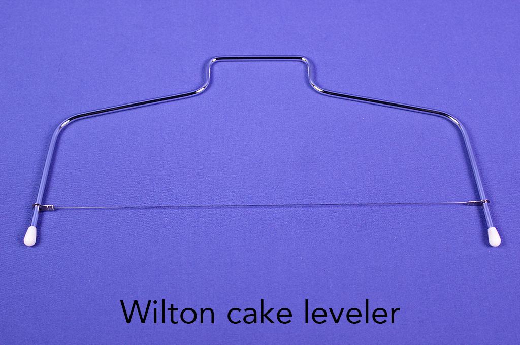 Wilton cake leveler.