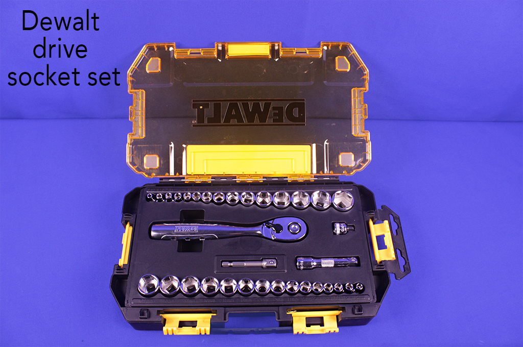 Dewalt drive socket set.