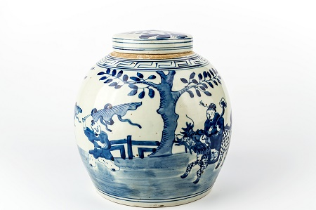 Chinese Vase, porcelain, collecting