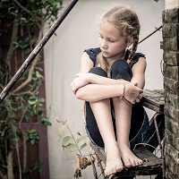 Bipolar Disorder Linked with Childhood Neglect and Abuse