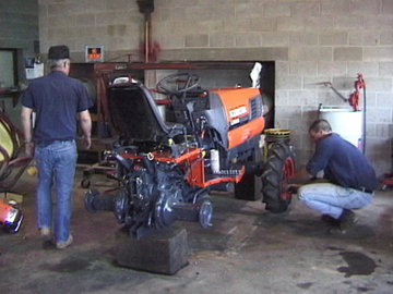 Diesel Mechanic Tools >> Farm Equipment Mechanics and Service Technicians