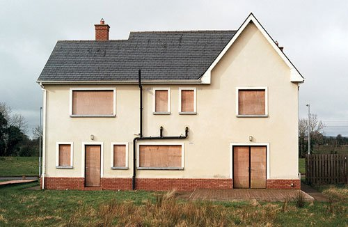 Ireland's bank crisis, recession, property boom and bust, inflation, corruption, property bust, ghost estates, greed, irish government, reeling in the years, ruth connolly, photographs - HeadStuff.org