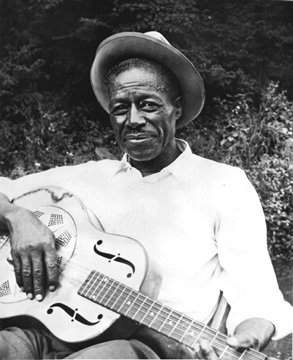 Son House, Jack White, Grinnin' in your face, blues legend, guitar - HeadStuff.org