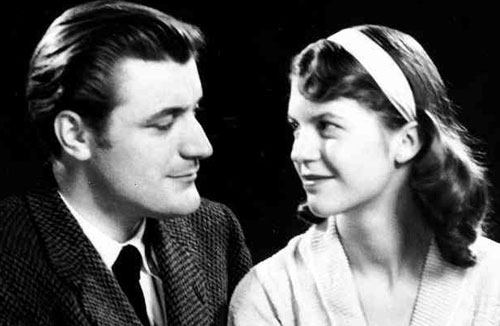 Ted Hughes, Sylvia Plath, poets, poet, poem, poetry, literary couple, literary love, genius, suicide, power couple, love and hate, whirlwind relationship - HeadStuff.org