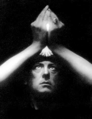 Aleister Crowley, author, hedonist, satanist, the wickedest man in the world, STDs, Golden Dawn, cults, occult, Thlemic, eleusis - HeadStuff.org