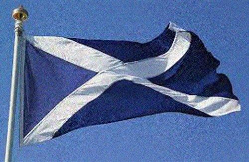 Scotland, Scottish flag, Scotland the Brave, Scottish independence, referendum, jacobites, stewarts, united kingdom, union, why i love scotland, the scots, scotch, flag in the wind - HeadStuff.org