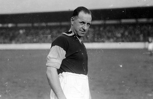 Sydney Puddefoot, world record transfer fee, £5000, Falkirk, West Ham, centre forward, bought by the fans, broke transfer record, 1922 - HeadStuff.org
