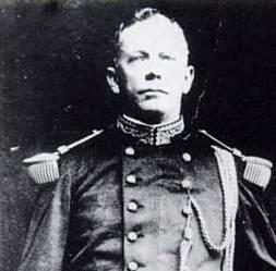 General Lee Christmas, train driver turned mercenary, terrible people from history, christmas week - HeadStuff.org