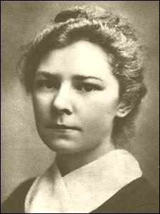 The novelist Ethel Voynich. Legend has it that she was one of Sidney Reilly's lovers, and based her novel The Gadfly on his tales - HeadStuff.org