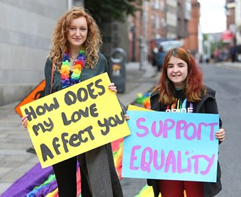 LGBT Protests for Marriage Equality - HeadStuff.org