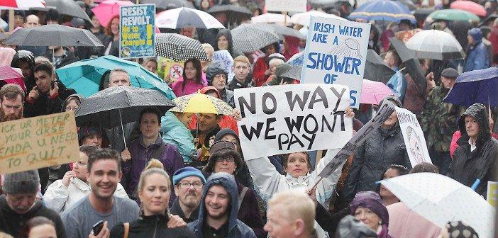 Irish water protest - HeadStuff.org